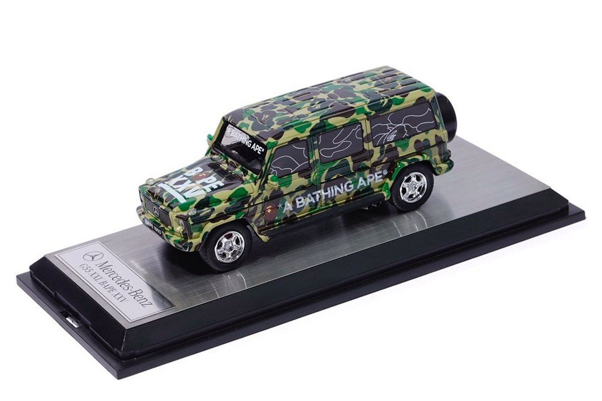 A BATHING APE × Schuco 迷彩 G-Class 玩具车